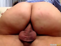 Big Butts Like It Big: Caught Red Handed. Mackenzee Pierce, Bill Bailey