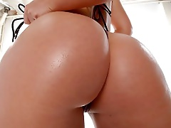 Alluring Blonde Lacey Maguire Has Her Ass Nailed