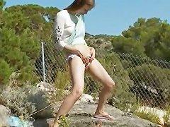 Petite Irish Girl Peeing Like A Boy