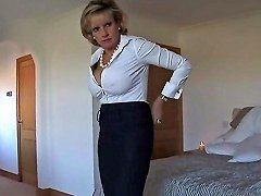 Adulterous British MILF Lady Sonia Shows Her Massive Hooters