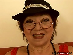 Mature Broad Fucked With  On Face