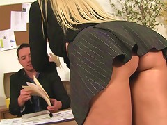 Amazing Female Supervisor Seeks A Hard Cock In The Office