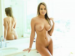 Brunette Babe With A Pussy Soaking Wet Gets Drilled Hard