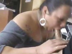 Bbw Latina Milf Sucking In Beauty Shop Porn Ce Xhamster