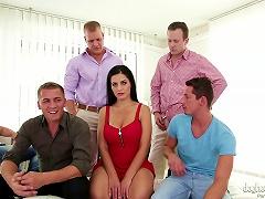 Big Tits Amateur Gets Creamed After An Untamed Gang Bang Action