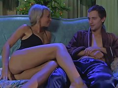 Stunningmatures Video Ninette M And Robin Upornia Com