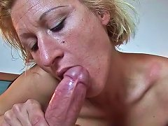 Mature Blonde Teresa Lynn And Young Dick In Her Mouth