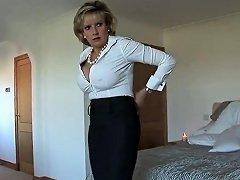 Unfaithful English Mature Gill Ellis Displays Her Gigantic B