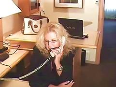 Mature Milf Ties Up And Bangs Young Repairman Free Porn 76