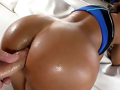Lisas Ass Made For Anal
