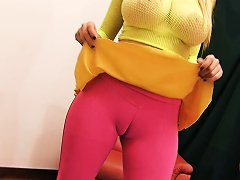Huge Breasts Skinny Teen Has Big Meaty Cameltoe Pussy!