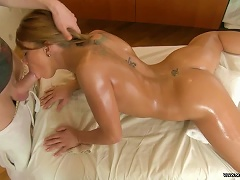 Tattooed Teen Babe Francheska Gets A Massage And