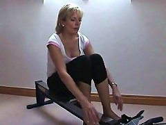 Adulterous British Mature Gill Ellis Flaunts Her Massive Knockers