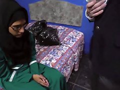 Taking Chances With Innocent Arab Girl Shows Her Sweet Pussy Porn Videos