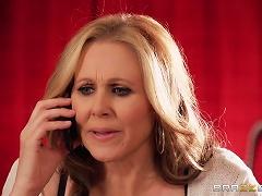 Julia Ann Gets A Facial After Fucking A Horny Stud
